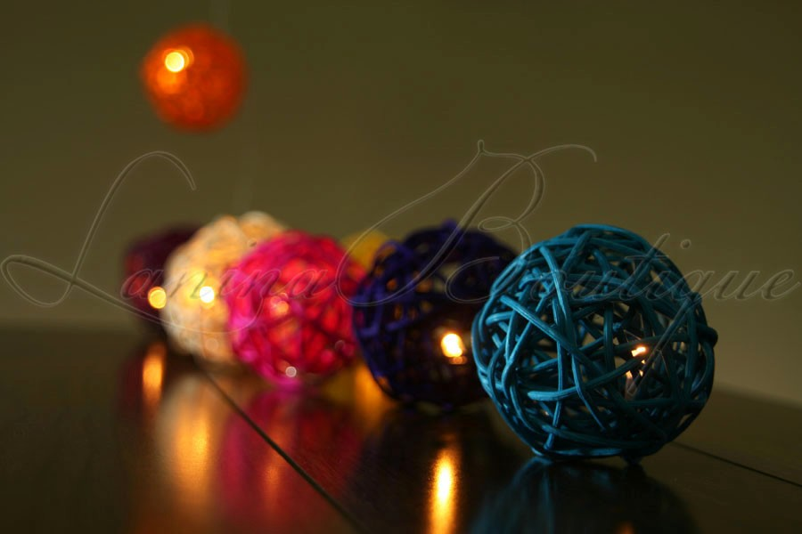 20 Multicoloured Battery Operated Wicker Rattan Ball Led