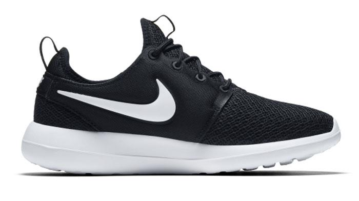 Nike Roshe Two Womens Size Running Shoes Black White Casual Sneakers 844931 007