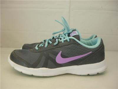 Womens 10 M 42 Nike Core Motion TR2 Running Cross Training Shoes Gray 749180-009