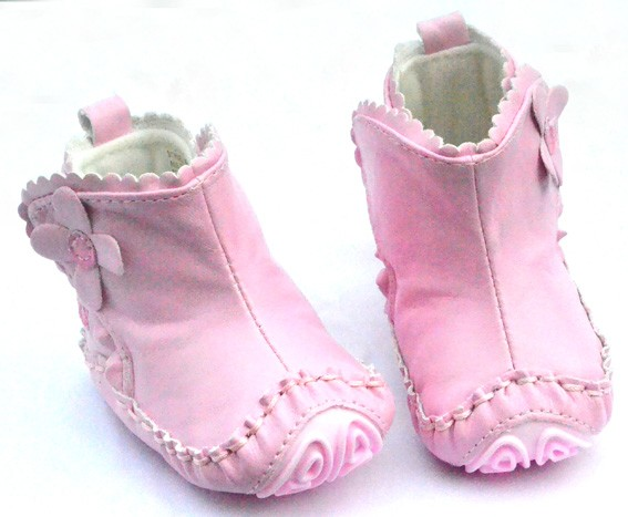 sizes: size m shoe, size m shoe, size m shoe Your fashion forward baby will look super cute in this soft pink Velvet Shoe from Rising Star. The stylish shoe is embellished with double strap and pearl detail with a pull tab on the heel for easy dressing.