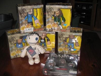 "KORN ""ISSUES"" DOLL & GRUNTZ FIGURES LOT!!! NEW IN BOX & W"