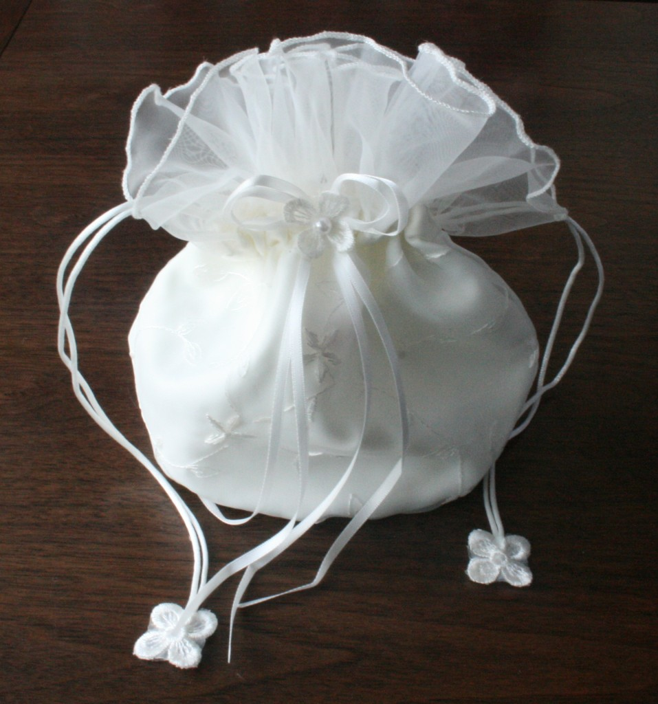 BRIDAL WHITE ORGANZA DOLLY BAG WEDDING