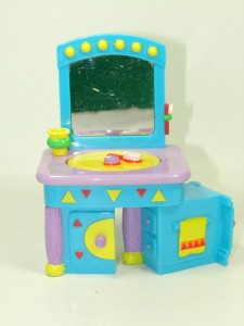 Dora The Explorer Talking Dollhouse Greenhouse Pool