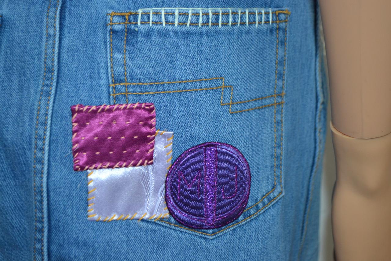 Nwot marc jacobs raw edge denim w applique mini skirt sz