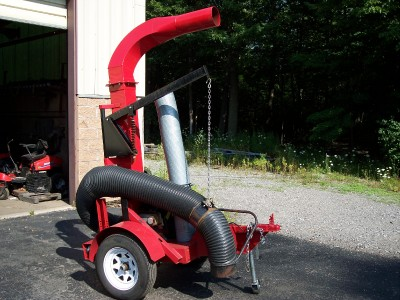Leaf And Grass Vac Truck Loader Mounted To Trailer
