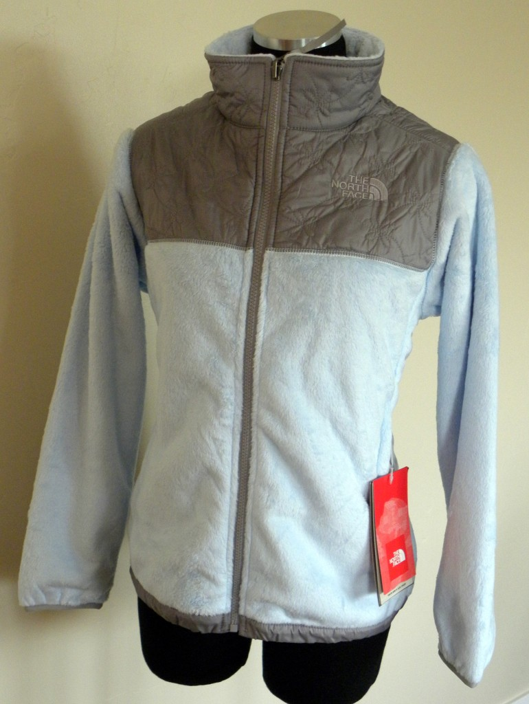 North face fuzzy fleece jacket