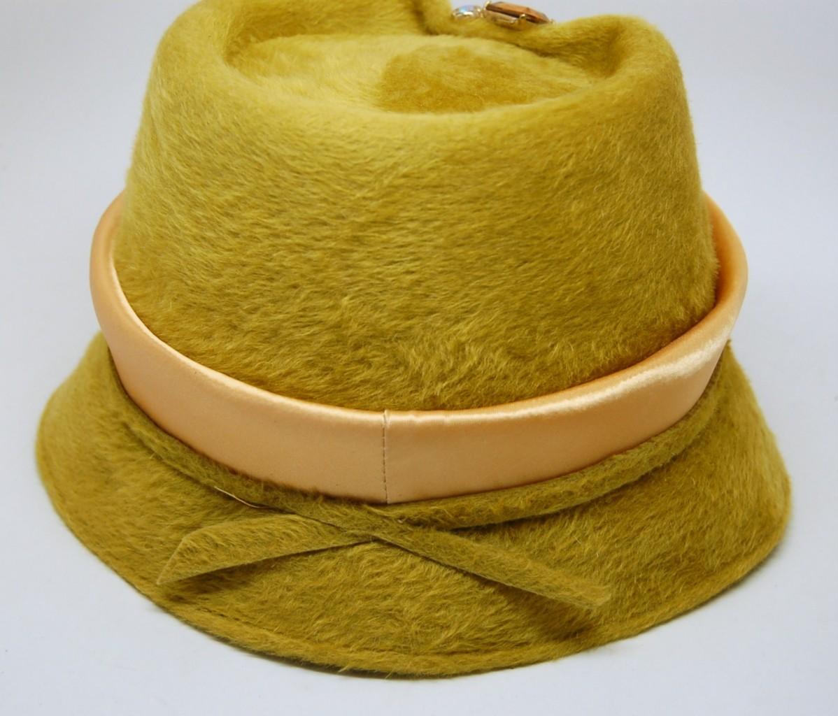 Vintage Womens HAT BERNALLEN Cloche Elegant BROOCH Pin ...