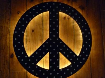 Pottery Barn Teen Black Dottie Peace Sign Wall Light New