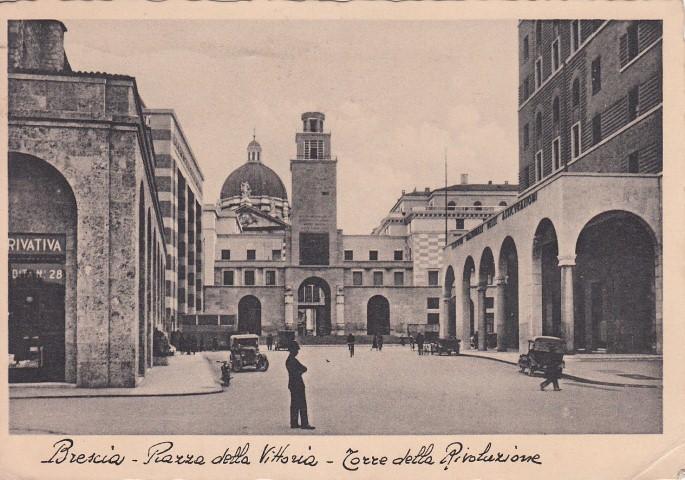 A2592 brescia architettura fascista piazza della for Architettura fascista