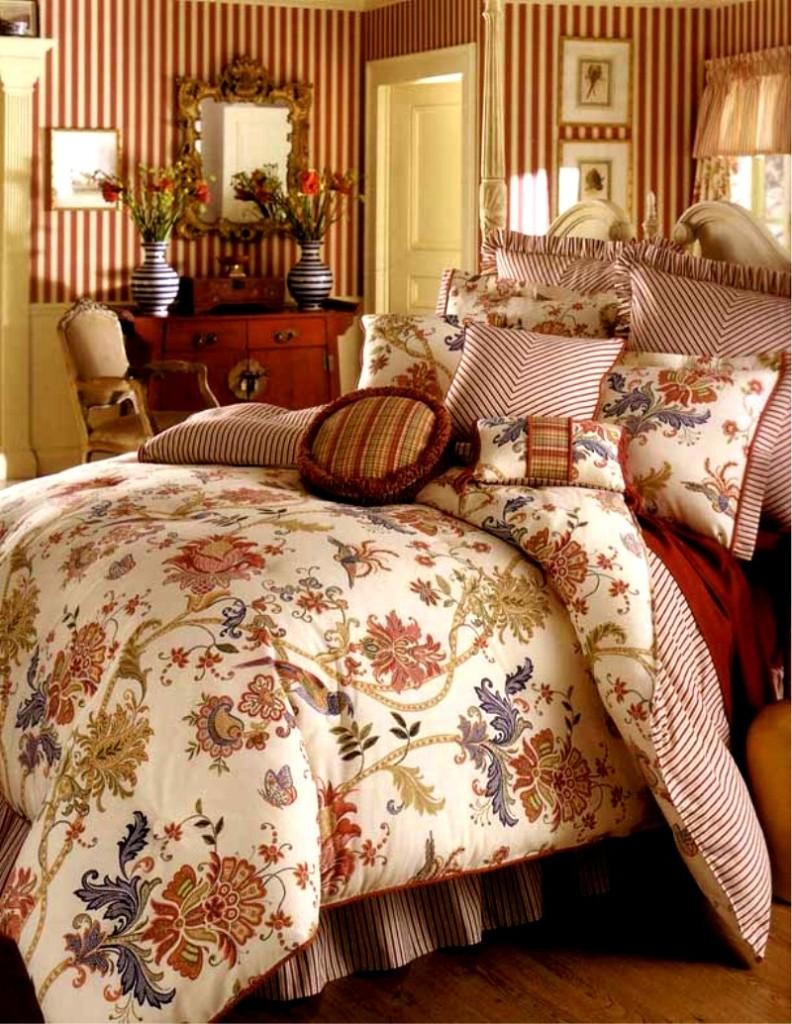 Rose Tree Ashford Unique Design Cotton Comforter Set