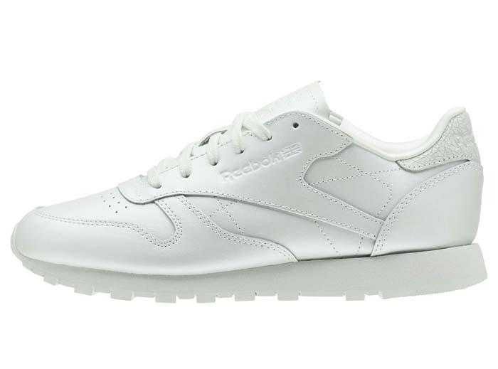 27d70445c3980 ... 1805 Reebok CLASSIC LEATHER LEATHER LEATHER Women s Training Running  Shoes CN5468 43e5ee