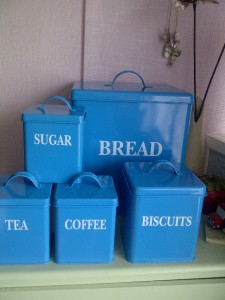 5pc Kitchen Storage Jars Set Bread Bin Tea Coffee Sugar And Biscuit Home