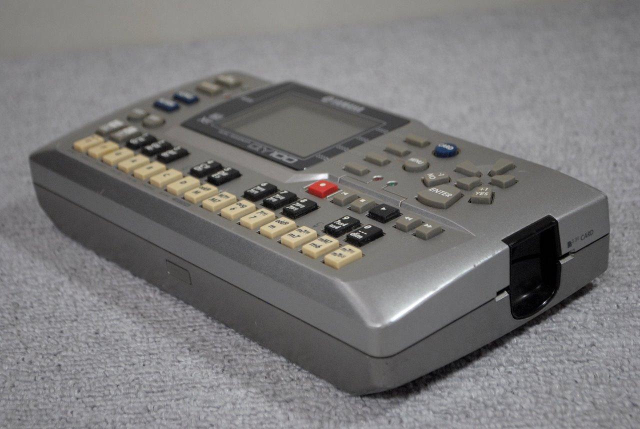 yamaha qy100 music sequencer drum machine sound module synthesizer ebay. Black Bedroom Furniture Sets. Home Design Ideas