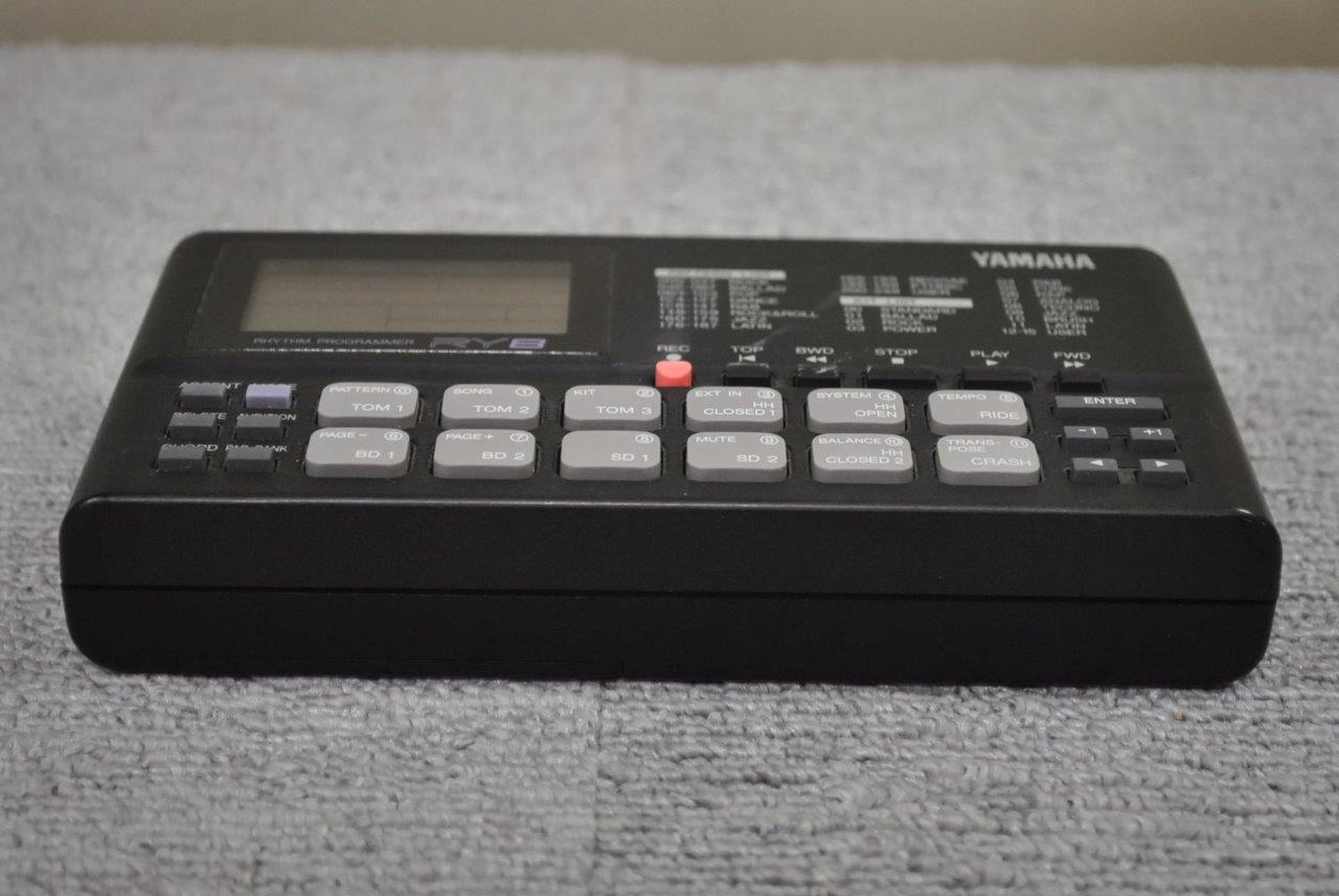 yamaha ry8 rhythm programmer drum machine sound module ebay. Black Bedroom Furniture Sets. Home Design Ideas