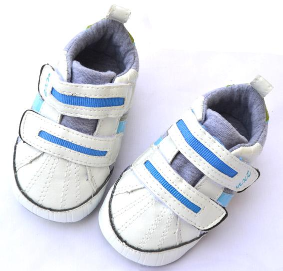 Infant Shoes. Get your little one ready for shuffling and strutting around in baby sneakers, available in a variety of sporty styles at Kohl'litastmaterlo.gq footbeds provide comfort for your budding athlete while baby shoes offer grip to help them keep their balance.