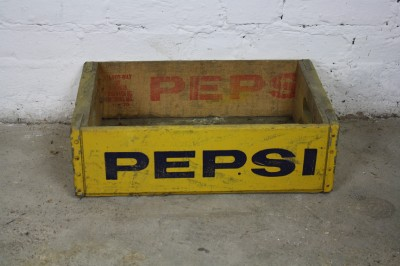 holz vintage pepsi 70er box soda gartenkorb box gelb retro ebay. Black Bedroom Furniture Sets. Home Design Ideas