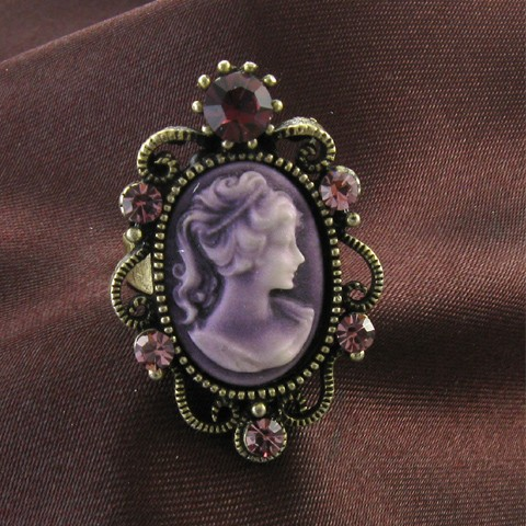 Antique Gold Vintage Style Cameo Ring Lady Purple Amethyst