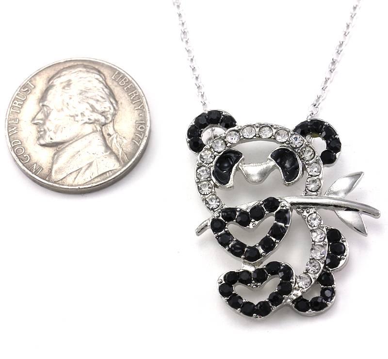 Bamboo Heart Black White Panda Bear Necklace Pendant Charm for Animal Lovers z1