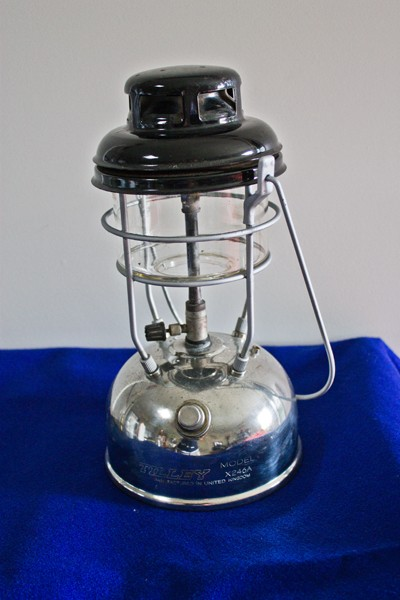Used pressure lamps