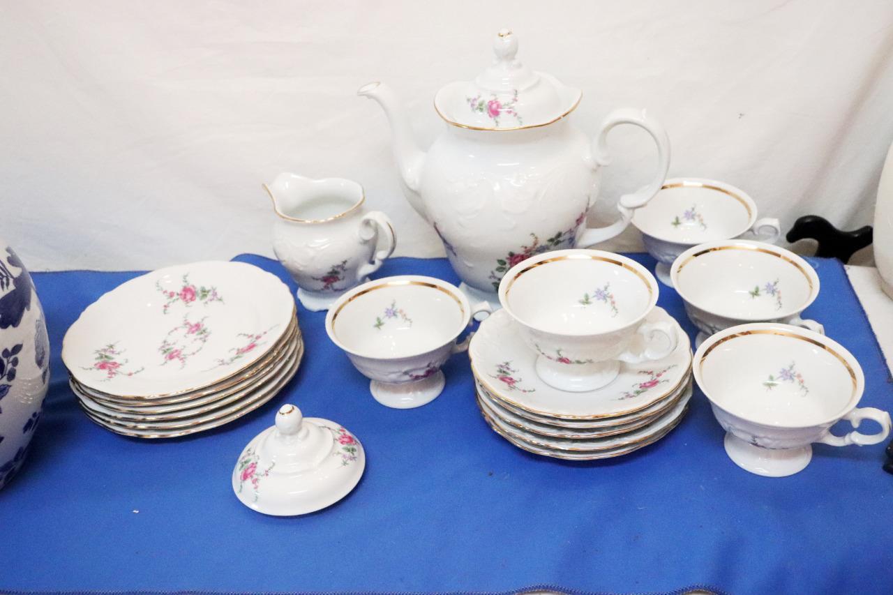 Vintage-Wawel-Enchanted-Rose-Garden-Cream-Soup-Salad-Bowl-Made-in-Poland-China thumbnail 2