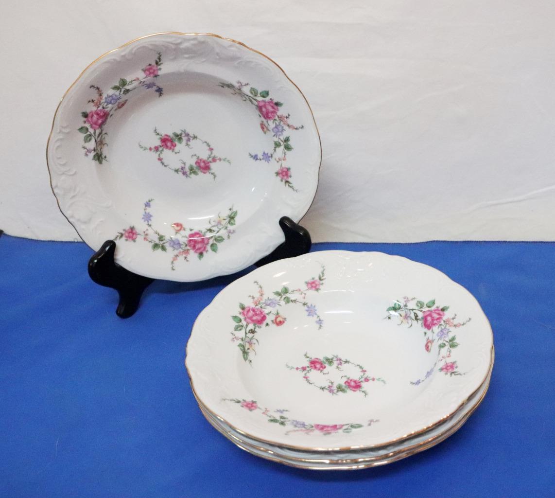 Vintage-Wawel-Enchanted-Rose-Garden-Cream-Soup-Salad-Bowl-Made-in-Poland-China thumbnail 9