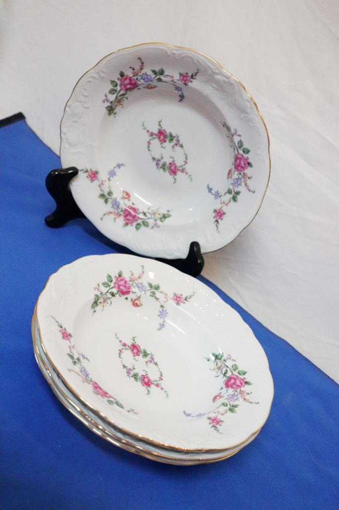 Vintage-Wawel-Enchanted-Rose-Garden-Cream-Soup-Salad-Bowl-Made-in-Poland-China thumbnail 10