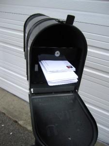 Lockable Secure Standard Medium Size Mailbox Including
