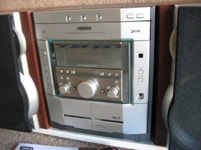Phillips Magnavox Mz 7 Mini Hi Fi Stereo System 3 Cd