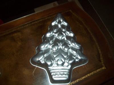 wilton christmas tree cake pan 502 1107