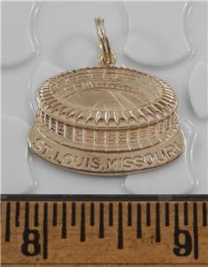 Saint Louis Cardinals Pendant 14K Yellow Gold Vintage Karat KT Solid 1.09 grams Diamond Cut St Louis