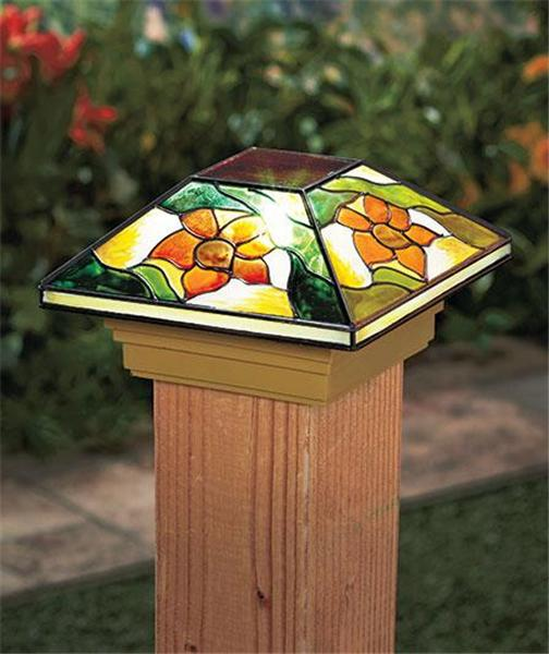 SOLAR FENCE POST CAP DECK PORCH LIGHT W/STAINED GLASS LOOK ...