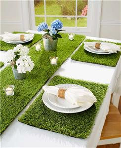 INDOOR OUTDOOR GRASS LOOK TABLE RUNNER OR SET OF 4 PLACEMATS SPRING  TABLESCAPE