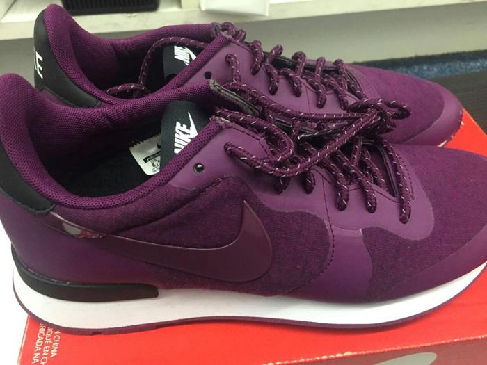 BOX Cover was off, but we will put double box on shipping 749556-500 Nike  Internationalist TP Women's Sneakers Running Shoes Mulberry US 8