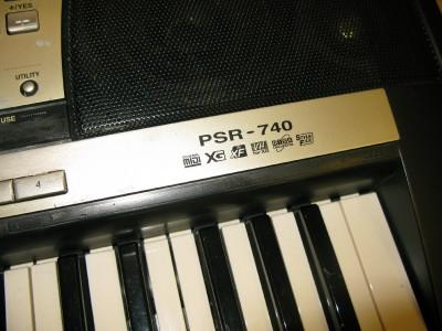 yamaha psr 740 electronic keyboard with manual disc ebay. Black Bedroom Furniture Sets. Home Design Ideas