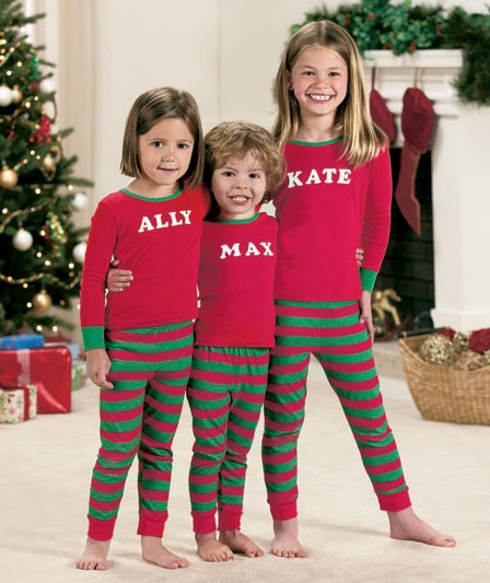 Create custom kids clothes that can be fully personalized. Customize kids clothing with pictures, monograms and logos at Spreadshirt. Start creating now!