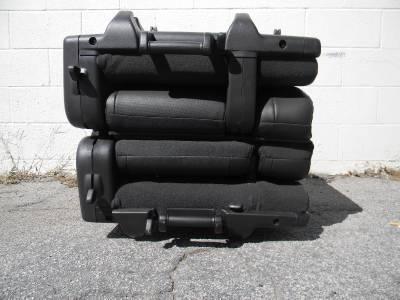 2007 2012 tahoe yukon suburban denali escalade 3rd row seats black leather ebay. Black Bedroom Furniture Sets. Home Design Ideas