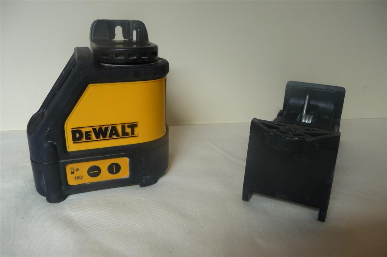 Dewalt Laser Dw087 Cross Line Laser Level Wall Clamp Case