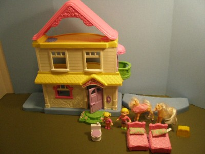 FISHER PRICE LITTLE PEOPLE DOLL HOUSE~FURNITURE~DOLLS~3 ...