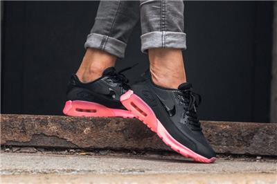 nike air max 90 ultra black digital pink