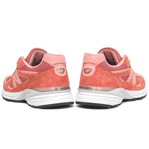 official photos d302e dee0d New Balance Made is a premium collection that contains a domestic value of  70% or greater. Medicare   HCPCS code   A5500, may be eligible for Medicare  ...