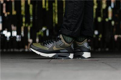 NIKE AIR MAX 90 ULTRA MID WINTER 924458 300 SEQUOIAOLIVE GREENBLACKWHITEGREY