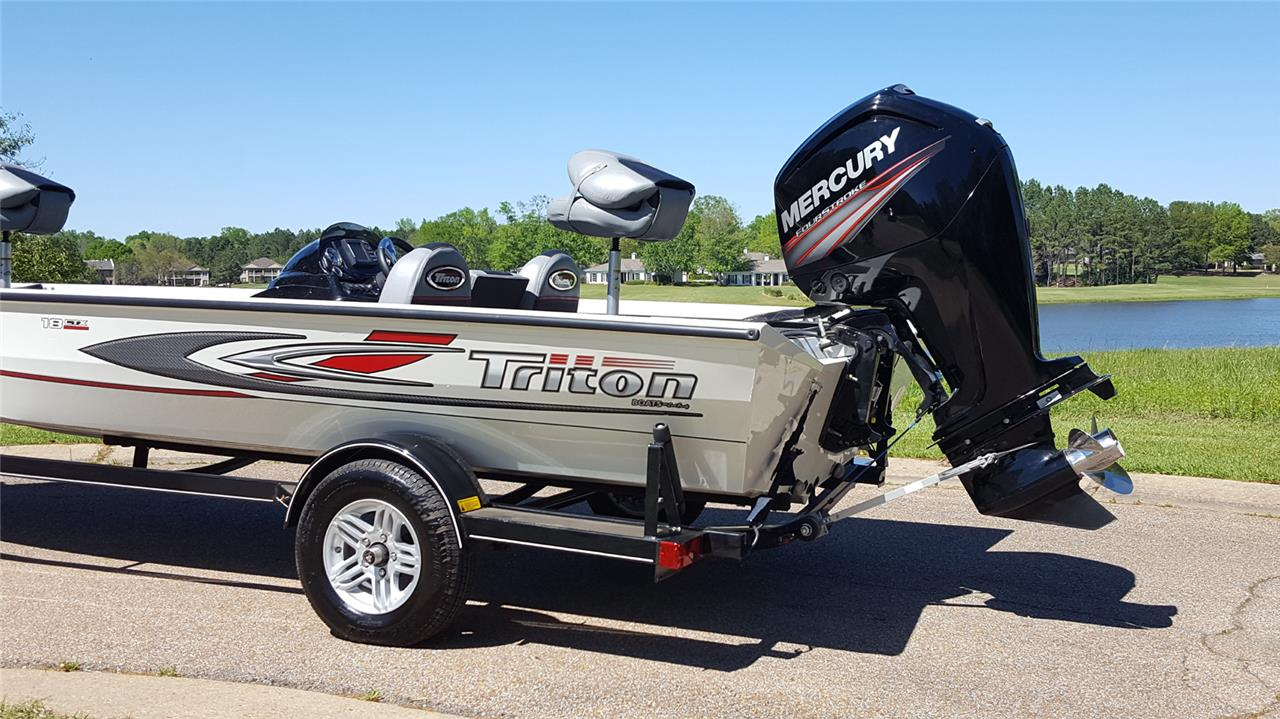2016 Triton 18 C Tx Boat Amp Trailer Crappie Bass Fishing
