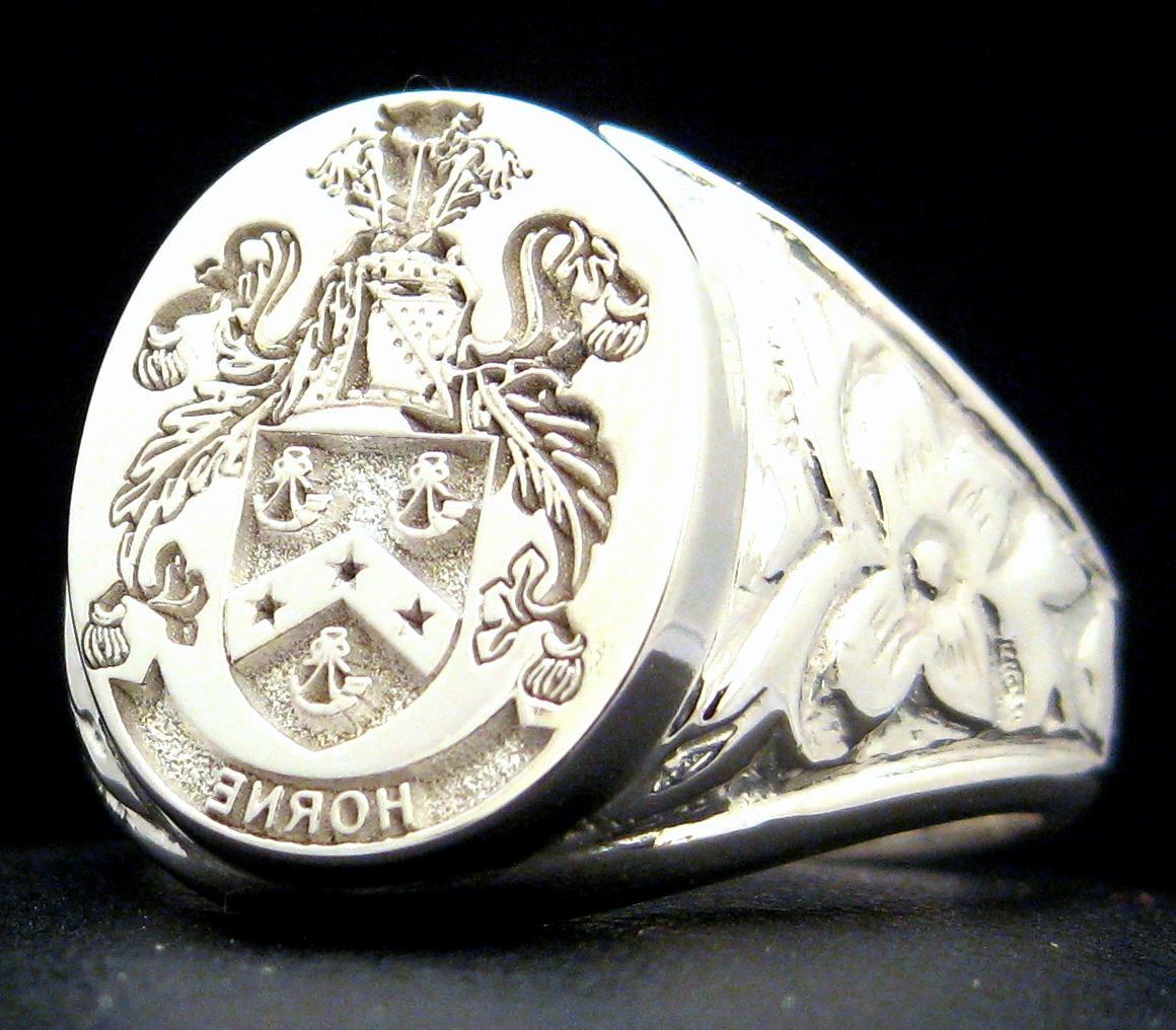 antique signet ring family crest custom engraved silver xl. Black Bedroom Furniture Sets. Home Design Ideas