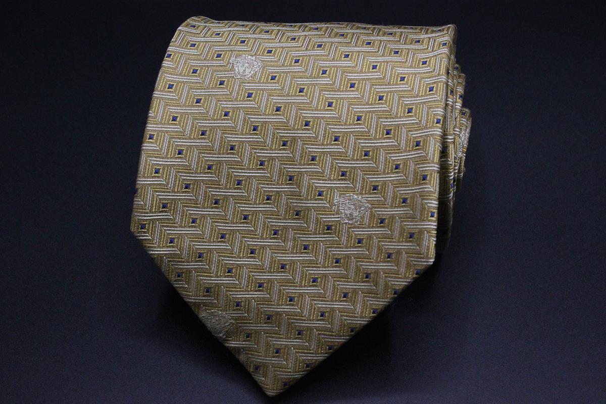 61038e4b7e0a GIANNI VERSACE SILK Tie. Yellow Geometric w Medusa Logo. - $59.95 ...