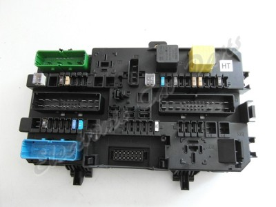 fuse box for vauxhall zafira fuse box in opel zafira vauxhall / opel zafira fuse box 13222173, 5dk008669-33 ...