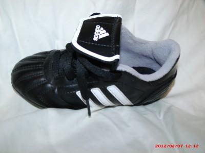 Adidas World Cup FIFA Sudamerica Futbol Soccer Boys girls Unisex black