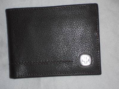 Swiss Army Leather Credit Card Billfold Wallet Brown