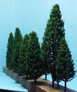 Multi Gauge Assorted Dark Pine Trees Authentic Model Scenery 16 Pcs in 5 Sizes