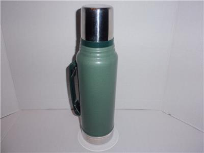 stanley d 07 green chrome 1 1 qt 1 liter thermos w stopper cup euc ebay. Black Bedroom Furniture Sets. Home Design Ideas
