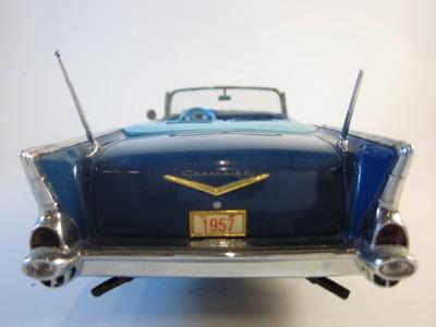 1957 CHEVROLET CHEVY BEL AIR DANBURY MINT DIE CAST CAR 124 SCALE BOX
